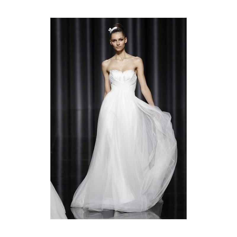 Свадьба - Pronovias - Fall 2012 - Strapless Organza A-Line Wedding Dress with a Sweetheart Neckline - Stunning Cheap Wedding Dresses