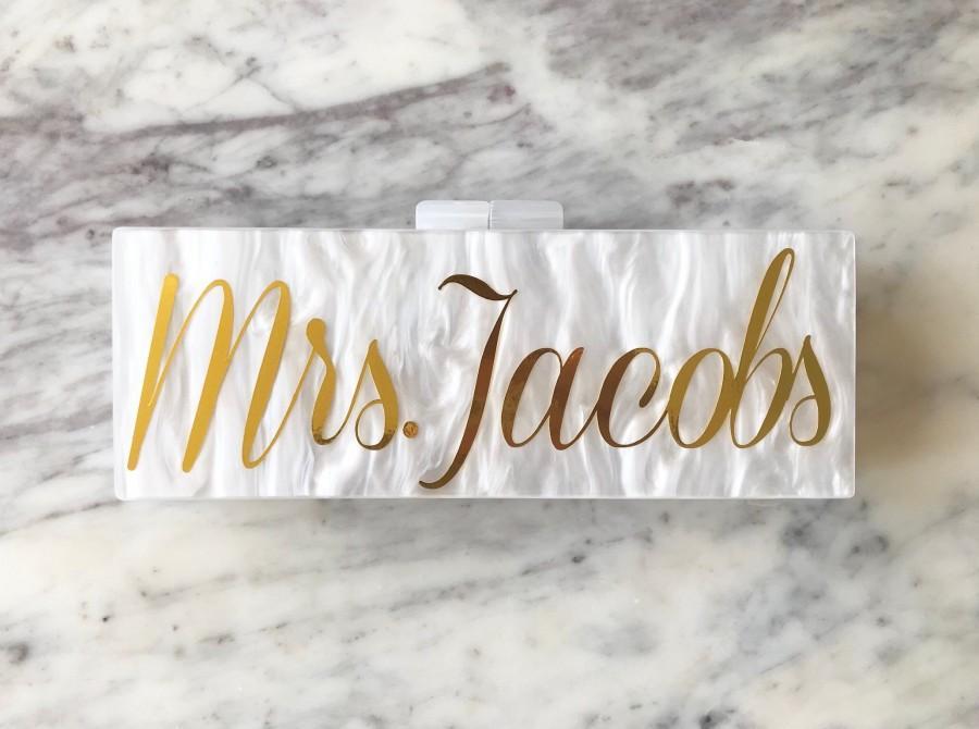 Свадьба - Acrylic Clutch, Box Clutch, Custom Mrs. Clutch, Bridal Clutch, Custom Bride Clutch, Mrs. Purse, Acrylic Purse, Bridesmaid Clutch