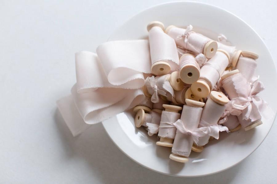 Свадьба - Silk ribbon, hand-dyed, Plant-dyed soft blush 100% pure silk habotai ribbon