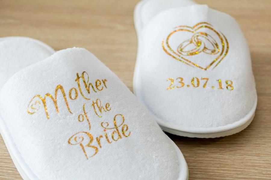 Mariage - Mother of the Bride Personalised Wedding Slippers Bride, Bridesmaid Gift, Bridal Party , Hen Weekend  closed toe Spa Slippers