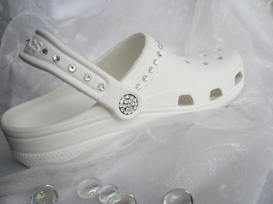 Mariage - Swarovski Crystal White Croc Bridal Clog Wedding Croc Women Shoe Bride Sandal Size 6, 7, 8, 9, 10, 11, 12 Bridal Croc Wedding Arthritic Shoe