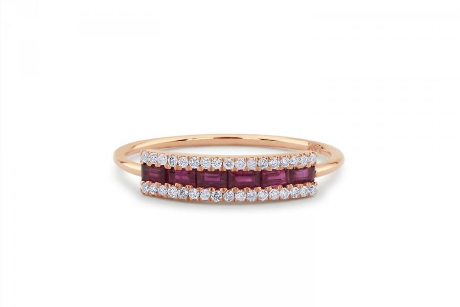 Mariage - Baguette Ruby Ring / Ruby Baguette Ring in 14k Gold / Rose Gold Baguette Ruby Wedding Ring / Graduation Gift  / July Birthstone Ring
