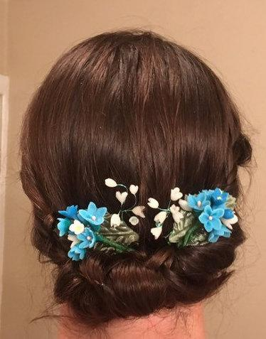 Hochzeit - light blue flower hair clips, wedding jewlery, jewelry, updo, hair combs, cold clay, hair bobby pin pins,