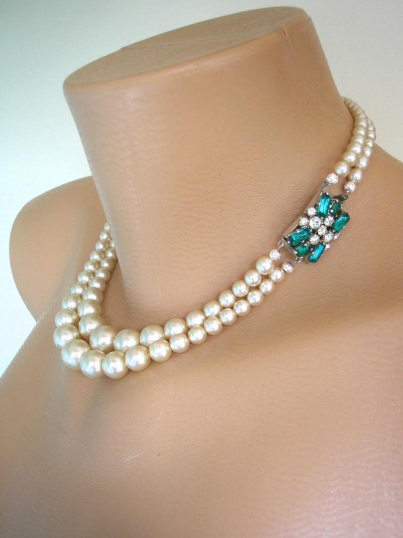 Свадьба - Vintage Pearl And Emerald Rhinestone Choker