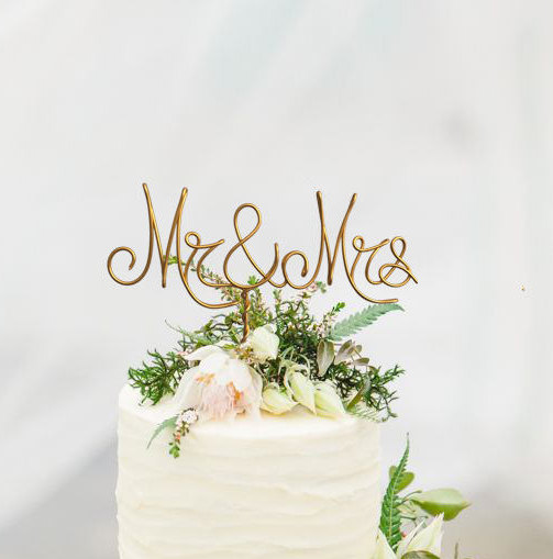 """Wedding - Gold Wire """"Mr & Mrs"""" Wedding Cake Toppers - Decoration - Beach wedding - Bridal Shower - Bride and Groom - Rustic Country Chic Wedding"""