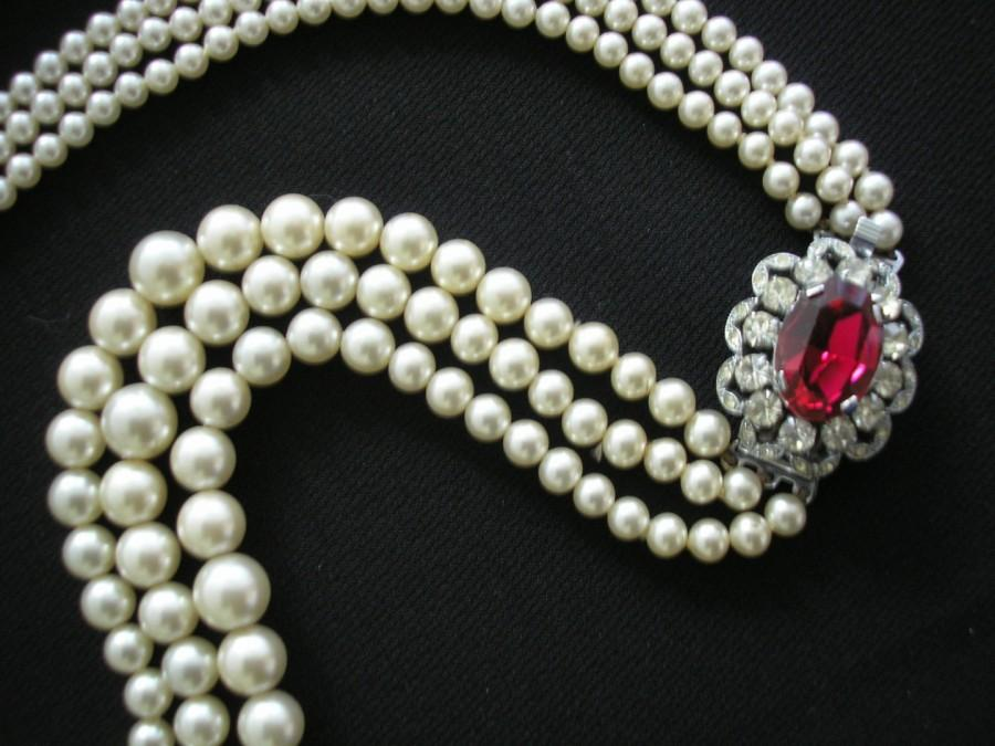 Vintage 3 Strand Ivory Pearl Necklace With Ruby Rhinestone Clasp