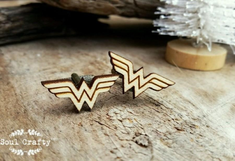 Wedding - Wonder Woman Wooden Cufflinks Superhero Dad Grooms Best man Groomsman Rustic