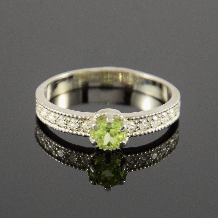 Свадьба - Peridot ring, Silver ring, Promise ring, Art deco ring, Birthstone ring, Gemstone ring, Woman silver ring, Modern ring, Everyday ring