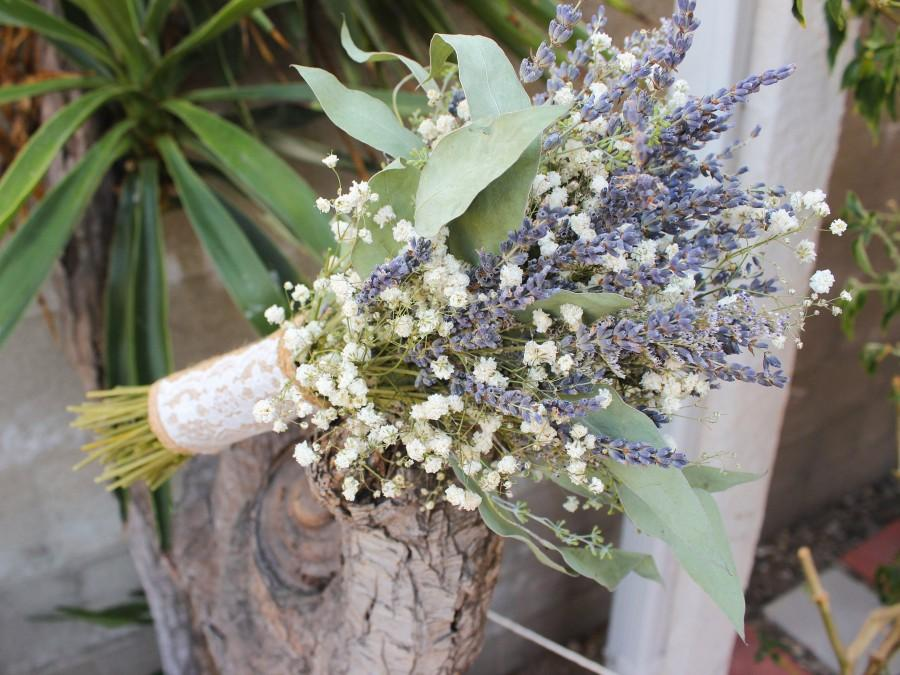 Wedding - Lavender Bouquet Wedding / Babies breath bouquet with eucalyptus leaves / Dried lavender bundles Bridesmaid bouquet /Eucalyptus leaf bouquet