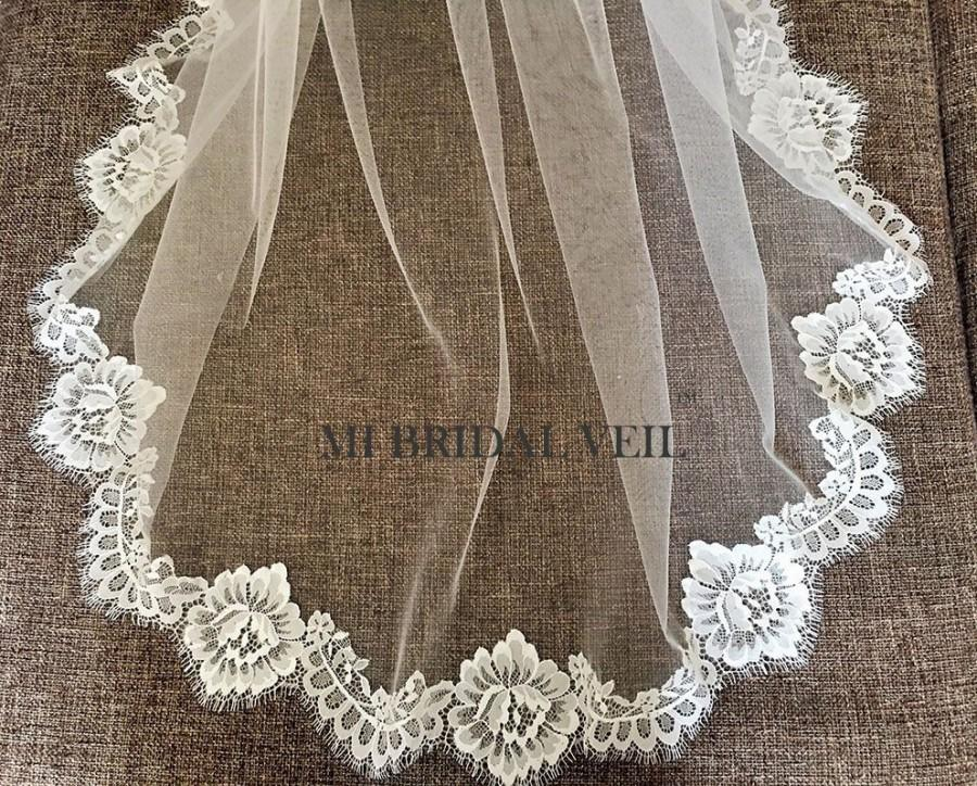 زفاف - Chantilly Lace Veil, Lace Wedding Veil, Eyelash Lace Veil, Elegant Rose Lace Veil, Lace at Chest, Soft Veil, Mi Bridal Veil