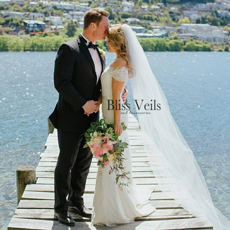 Wedding - Gorgeous 1 Layer Chapel Length Raw Edge Bridal Veil