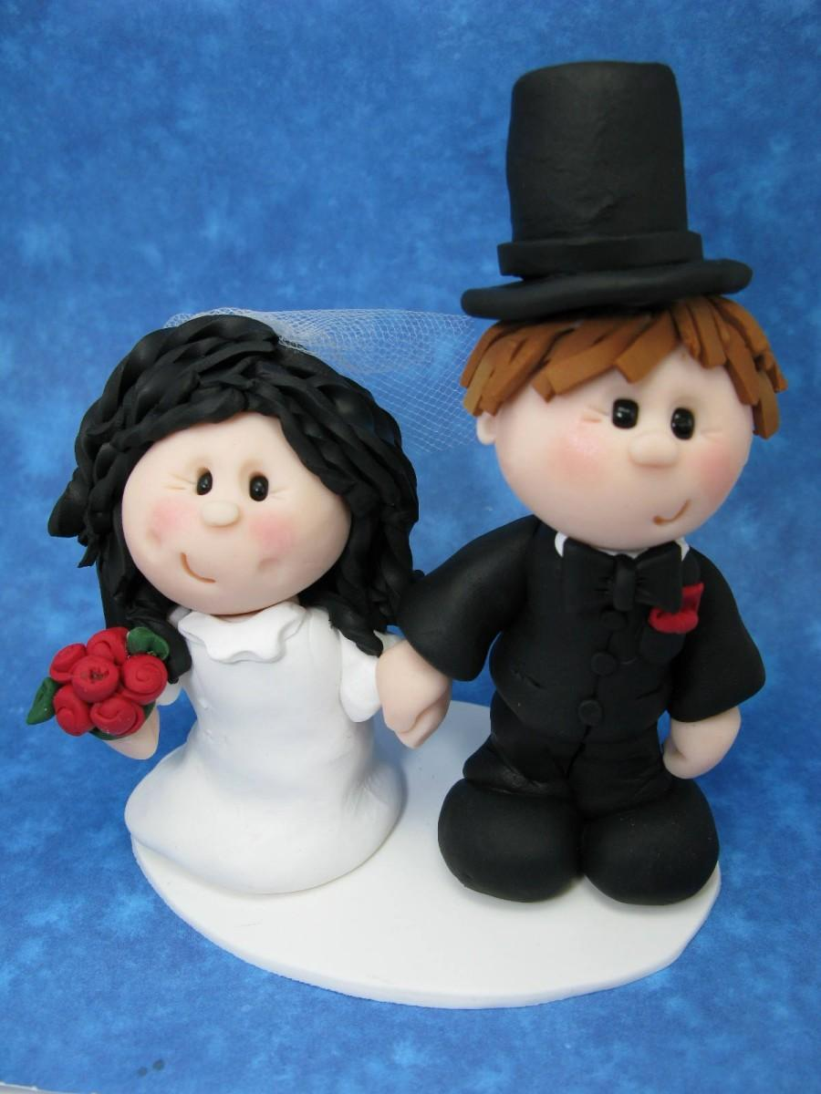 Hochzeit - Customized Wedding Cake Topper/Figurine