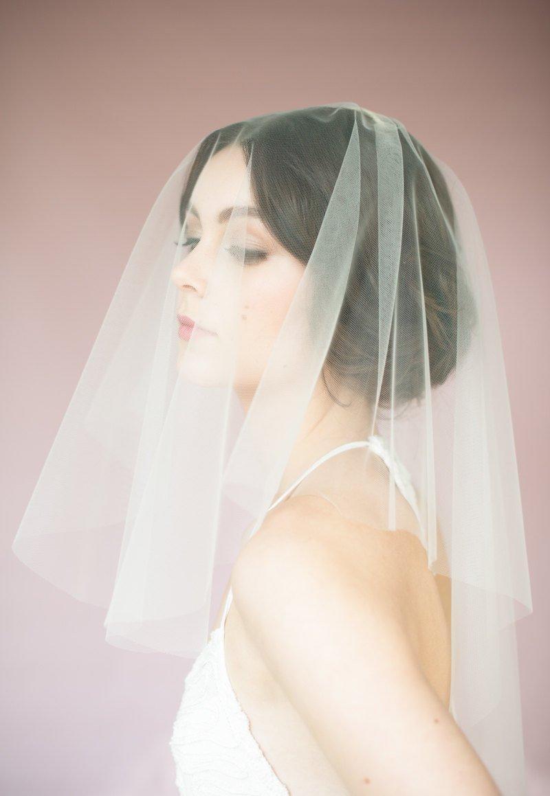 Mariage - Ivory Blusher Veil, White Drop Veil, Bridal Veil, Short Veil, Mini Veil, Modern Veil, Simple Veil, Soft Tulle Veil, Draped Veil, NICOLE