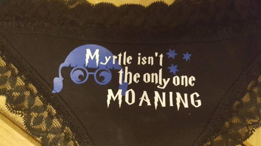 Hochzeit - Moaning myrtle sassy pants