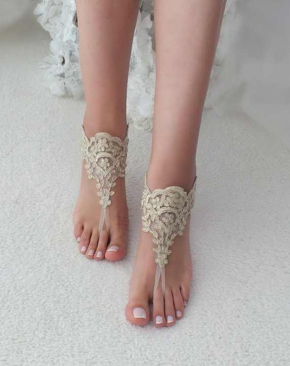 Hochzeit - Gold Beach wedding barefoot sandals, Ivory Barefoot Sandals, Sexy, Anklet , Bellydance, Steampunk, Beach Pool