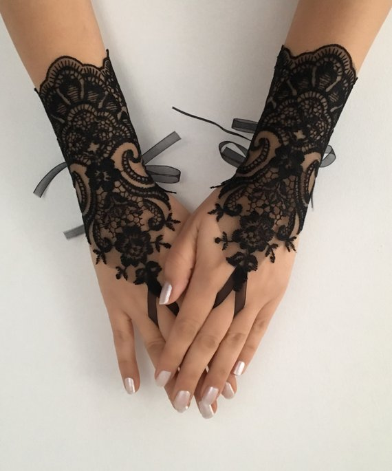 Mariage - Black lace glove french lace bridal gloves, fingerless gloves black glove burlesque glove guantes steampunk glove goth wedding