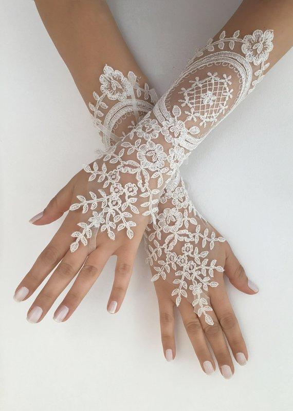 Wedding - Ivory Wedding Gloves, Long Ivory lace gloves, Handmade gloves, Ivory bride glove bridal gloves lace gloves fingerless gloves