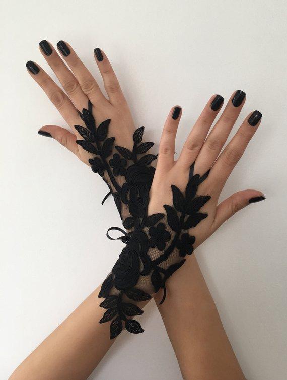Wedding - Black lace glove french lace bridal gloves, fingerless gloves black glove burlesque glove guantes steampunk glove goth wedding
