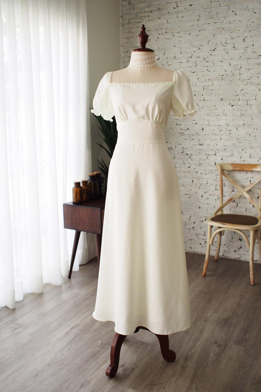 Rustic Wedding Dress Off White Prom Dress Snow White Puff