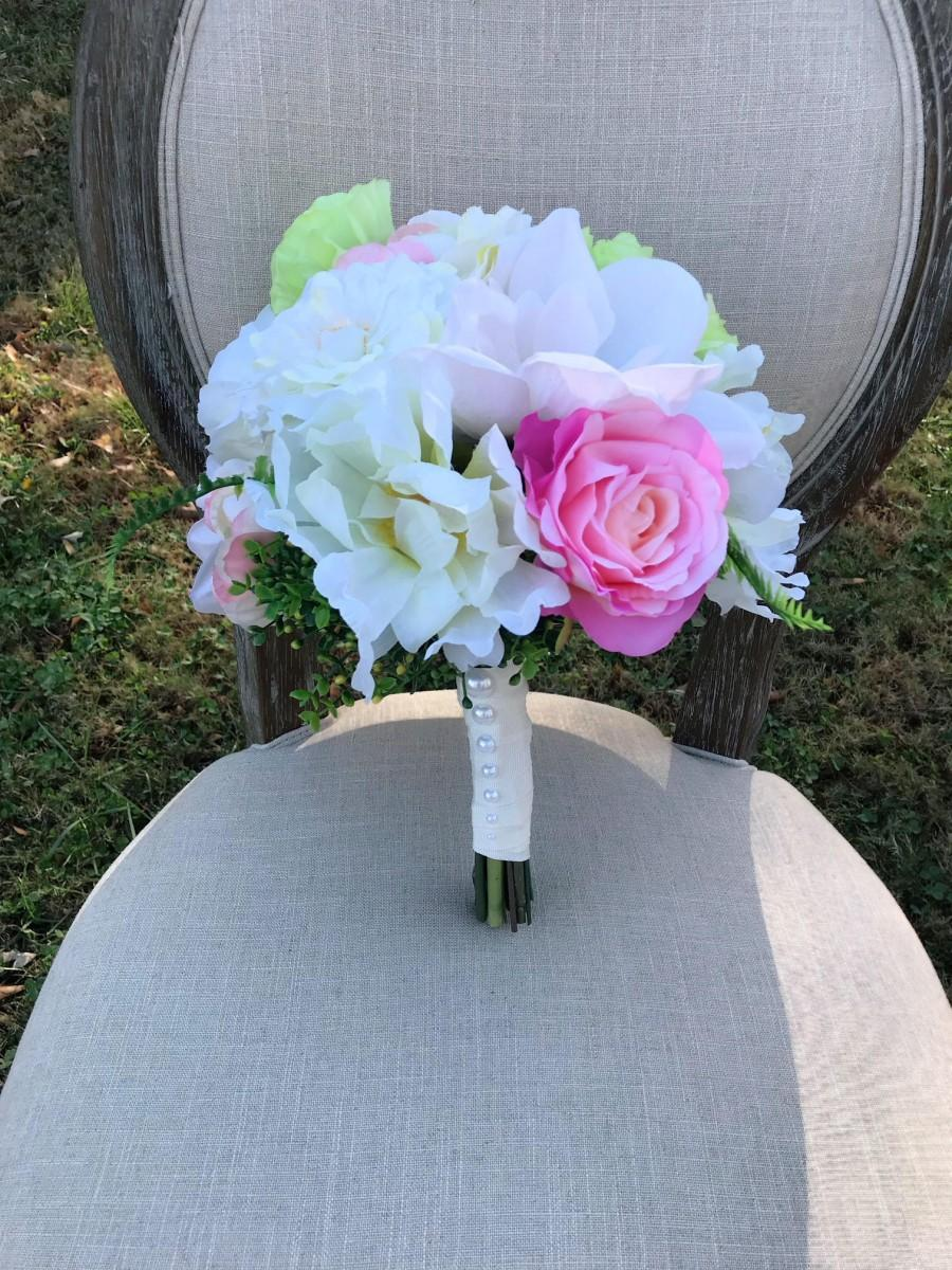 Mariage - Bridal bouquet wedding flowers hand bouquet bridal flowers pink peach white green