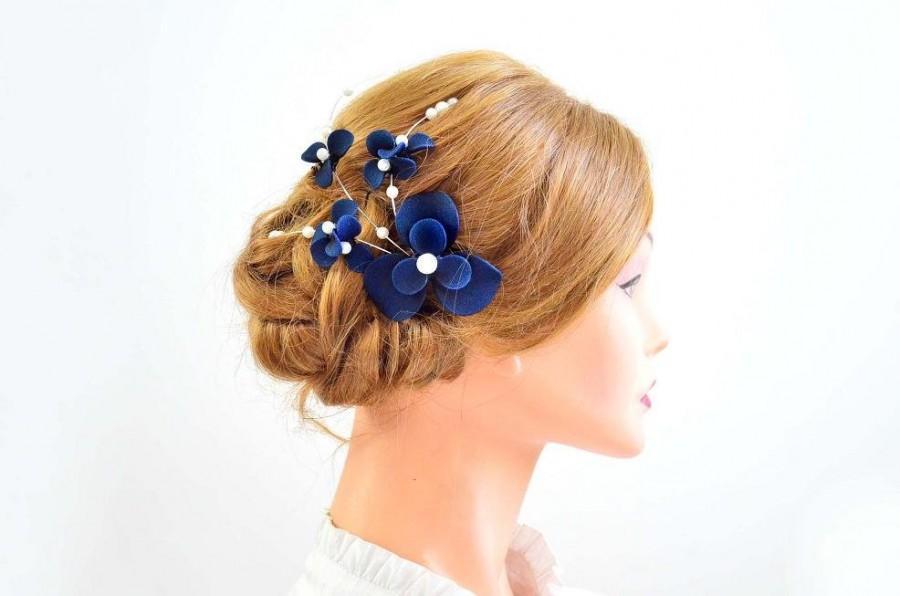 Mariage - Bridal navy blue headband Simple hair piece  Bridal headpiece  Navy blue fascinator Flower headpiece Wedding hair comb