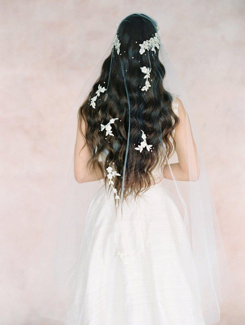 Mariage - Bridal boho veil-Juliet cap veil- Lace Gold flower bridal veil-Swarovski crystal veil-fingertip veil- wedding veil-blusher- style 106