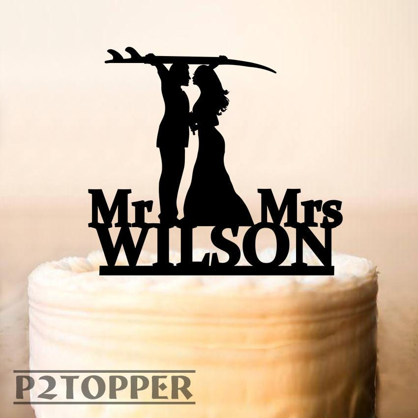Mariage - Surfing wedding cake topper,surfing cake topper,custom surfing wedding,Surf Couple Bride and Groom Beach,wedding cake topper, Wood (0242)