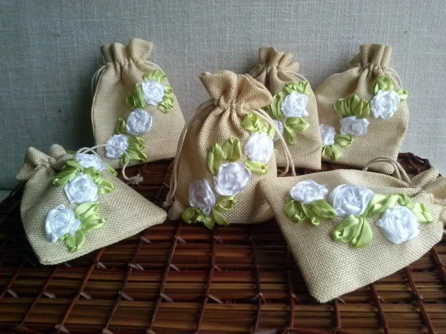 Mariage - Wedding Bags, FREE SHIP, Christmas Linen bags , Natural linen bag, jewelry packaging, linen wrap, Small linen bags, Baptism bags, Gift