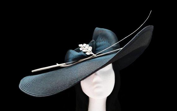 Wedding - Women's wide brim hat. Straw hat. Blush pink hat. Wedding hat. Kentucky derby hat. Sun hat. Summer hat. Bridal hat. Tea party hat.