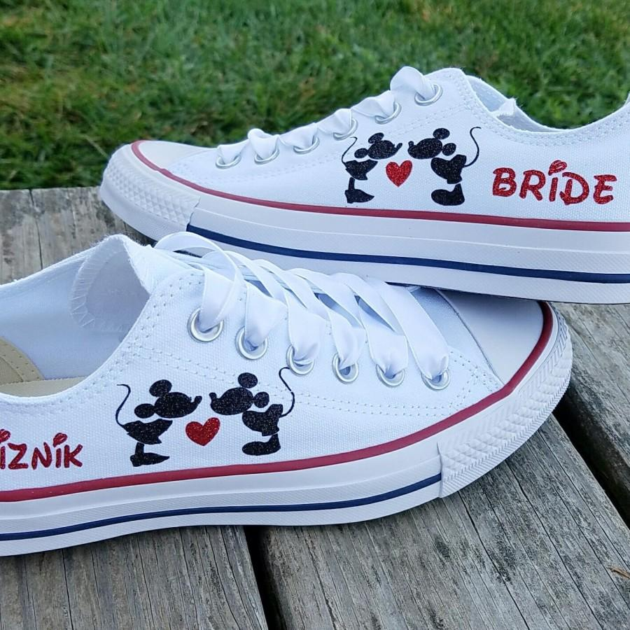 Свадьба - Wedding Converse, Mickey and Minnie, Kissing Heart, Name Date, Mrs Bride, Satin Laces, Personalized Bride Shoes