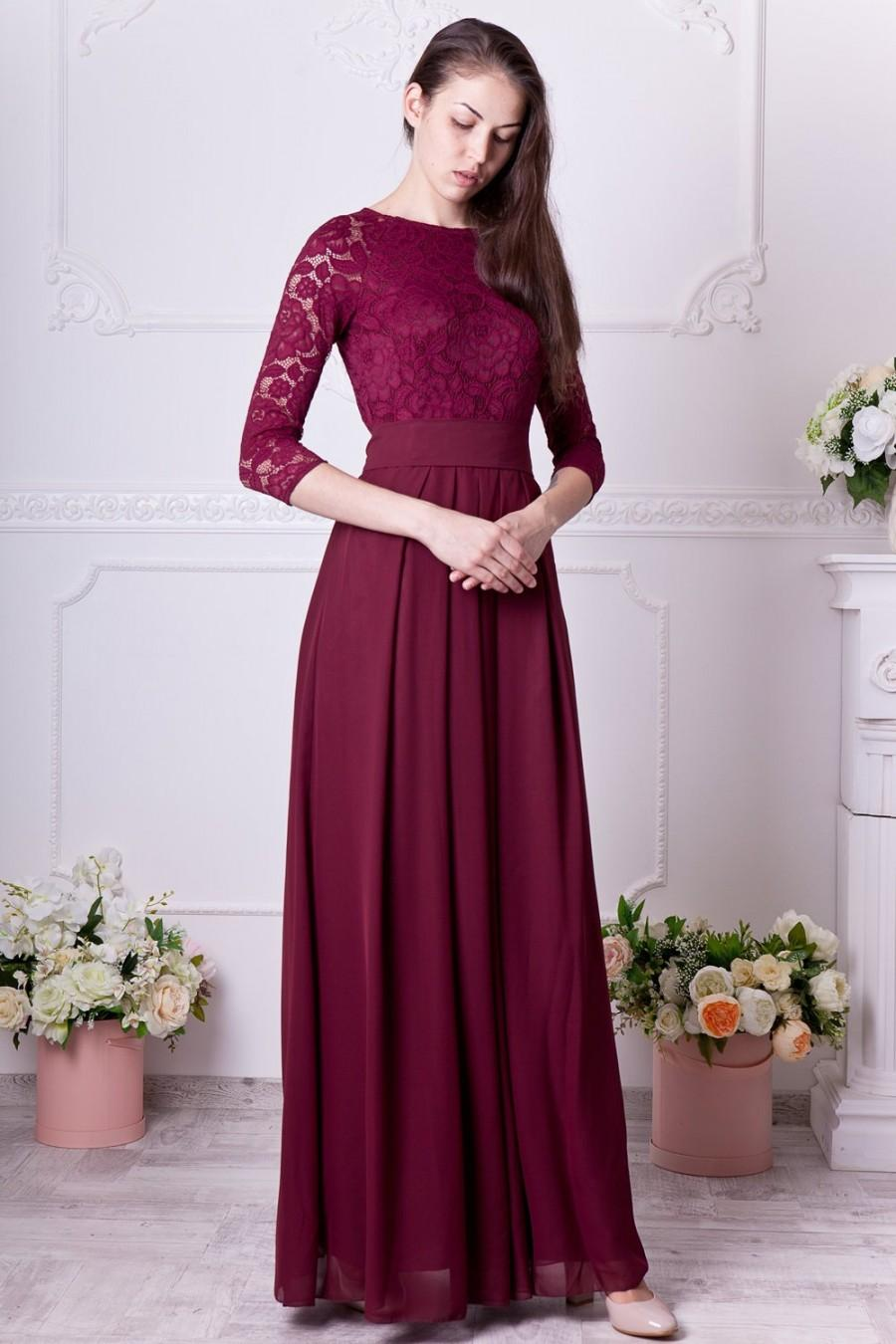 Hochzeit - Burgundy bridesmaid dress long. Floral lace formal gown with sleeves. Modest evening dress plus size. 3/4 sleeves mother of the bride dress