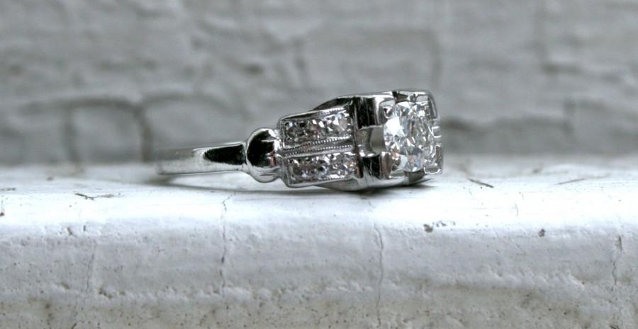 Hochzeit - Vintage Platinum Diamond Art Deco Ring Engagement Ring - 1.00ct