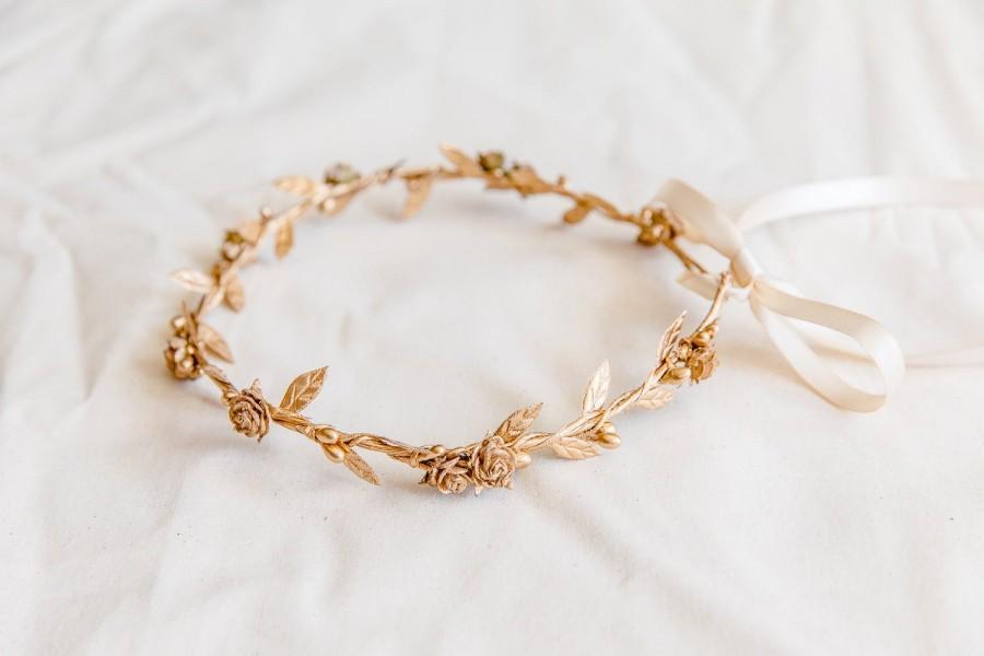 Hochzeit - gold flower crown // gold berry leaf flower crown / wedding gold flower crown / bridesmaid gold flower crown / golden headband / headpiece