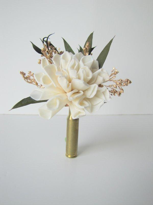Hochzeit - Ivory and Gold Bullet Casing Boutonniere - Bullet Shell Boutonniere - Casing Boutonniere - rustic boutonniere - hunting theme wedding - gold