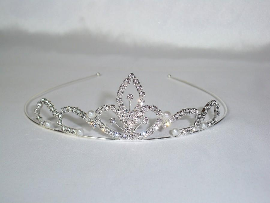 Hochzeit - rhinestone tiara, tiara, crown, bridal tiara, flower girl tiara, birthday tiara, shower tiara, childrens tiara, princess tiara,wedding tiara
