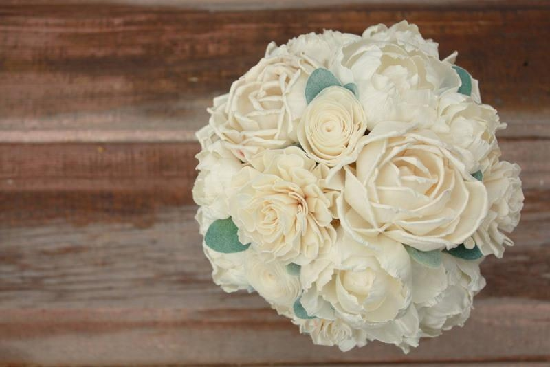 Hochzeit - Sola flower bouquet, bridal bouquet, ivory wedding flowers, ecoflower bouquet, ecoflowers, sola wood flowers, wooden flower bouquet