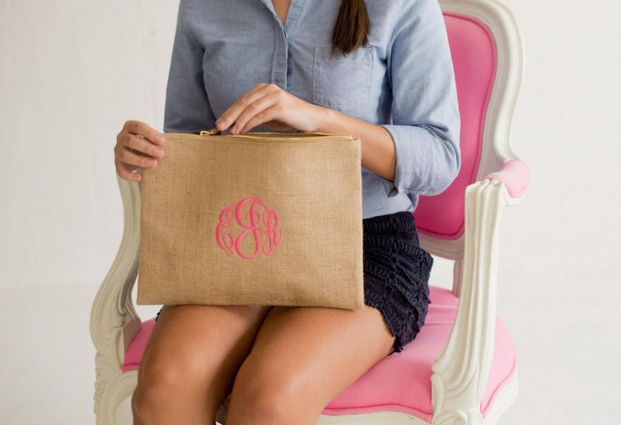 Mariage - Burlap Zip Pouch, Personalized Burlap Cosmetic Bag, Bridesmaids Gift