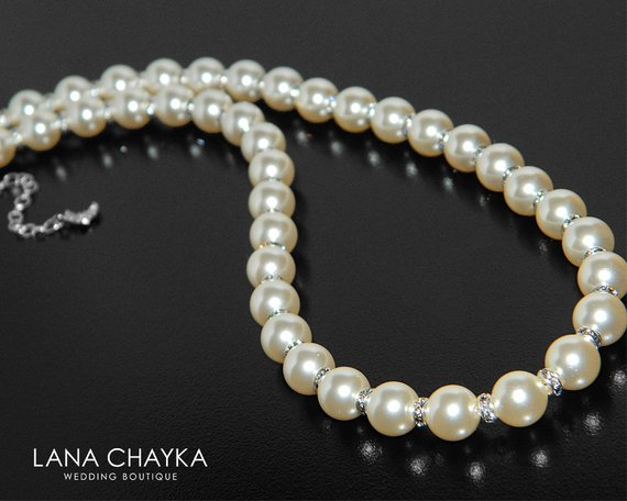 Свадьба - Pearl Bridal Necklace, Swarovski Ivory Pearl Wedding Necklace, Pearl Statement Necklace, Pearl Bridal Jewelry, One Strand Pearl Necklace