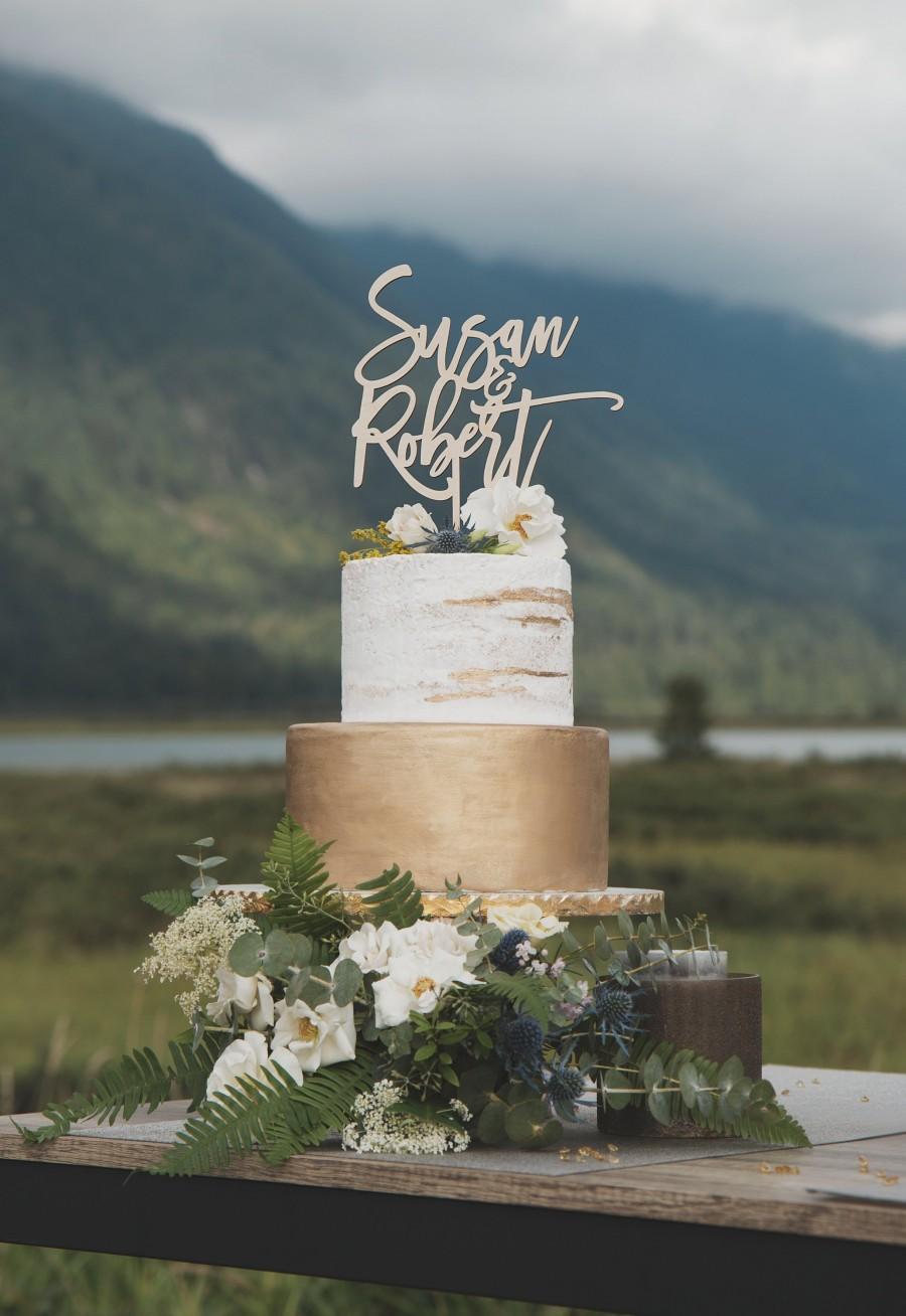Свадьба - Custom Name Cake Topper, Wedding Cake Toppers, Cake Topper Wedding, Rustic Cake Topper, Wedding Decor, Mr and Mrs, Mr and Mrs Sign