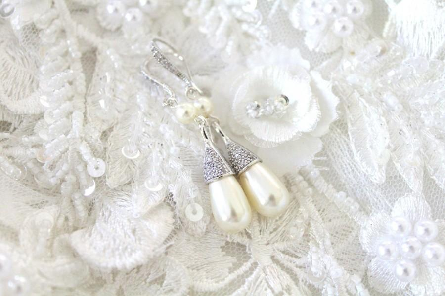 Hochzeit - Bridal earrings Pearl drop Wedding earrings Wedding jewelry Pearl earrings CZ earrings Swarovski pearl earrings Bridesmaid earrings