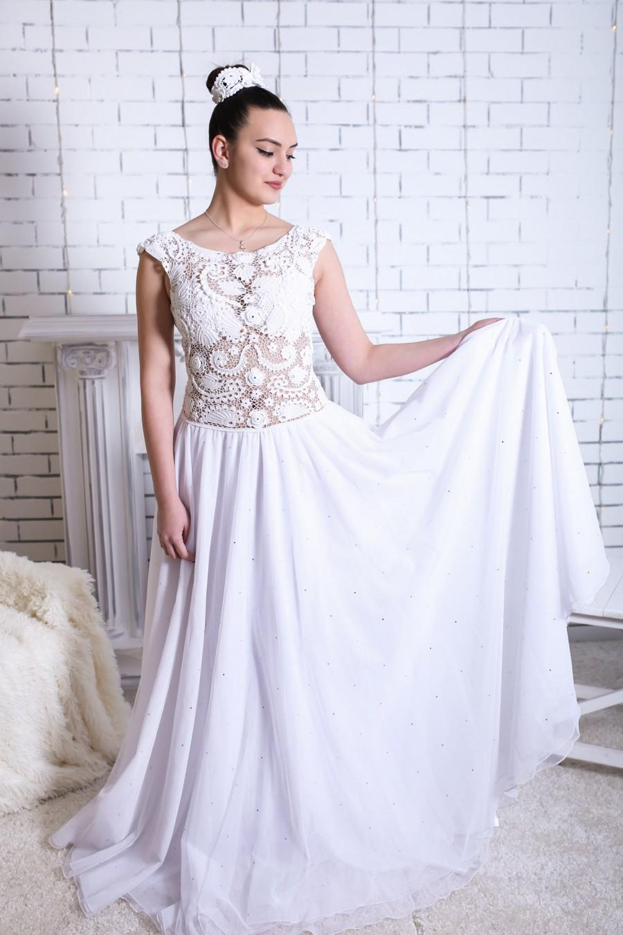 e66f097dd68 Combined bridal delicate irish gown Exquisite openwork crochet white  sleeveless dress Elegant garment special event Bride in lace maxi dress