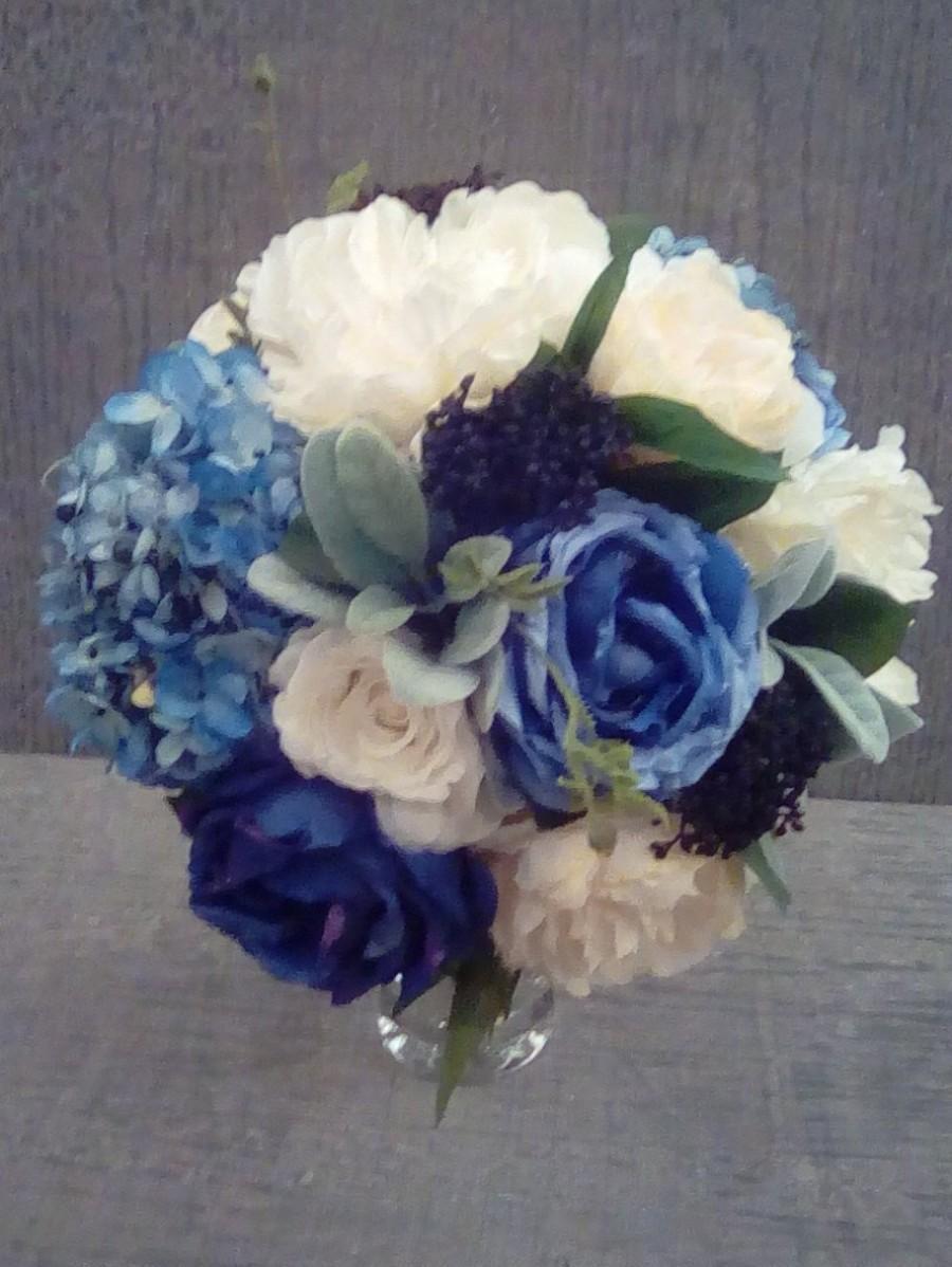 زفاف - Wedding bouquet, bridal bouquet, Wedding, Bridesmaid, elegant, blue, white, sage green, greenery, centerpiece