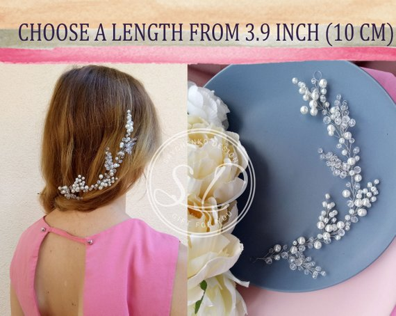 Mariage - Bridal hair vine Beach wedding haarschmuck braut Bridal hair accessories Tocado de Bridesmaid gift Wedding hairpiece Halo Jewelry Pearl vine