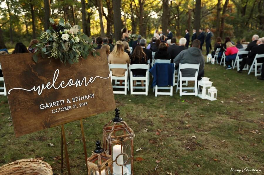 Wedding - Wedding welcome sign with raised lettering