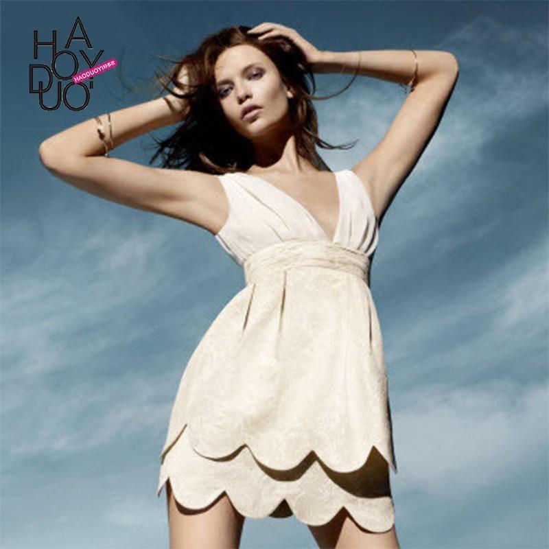 Свадьба - Vogue Sweet Open Back Embroidery Low Cut Bud Shaped Summer Dress - Bonny YZOZO Boutique Store