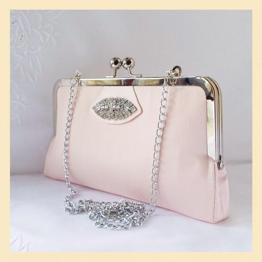 Mariage - shoulder bag, wedding clutch in pink silk, Art Deco wedding purse with shoulder chain or wristlet, handmade personalised bridal purse