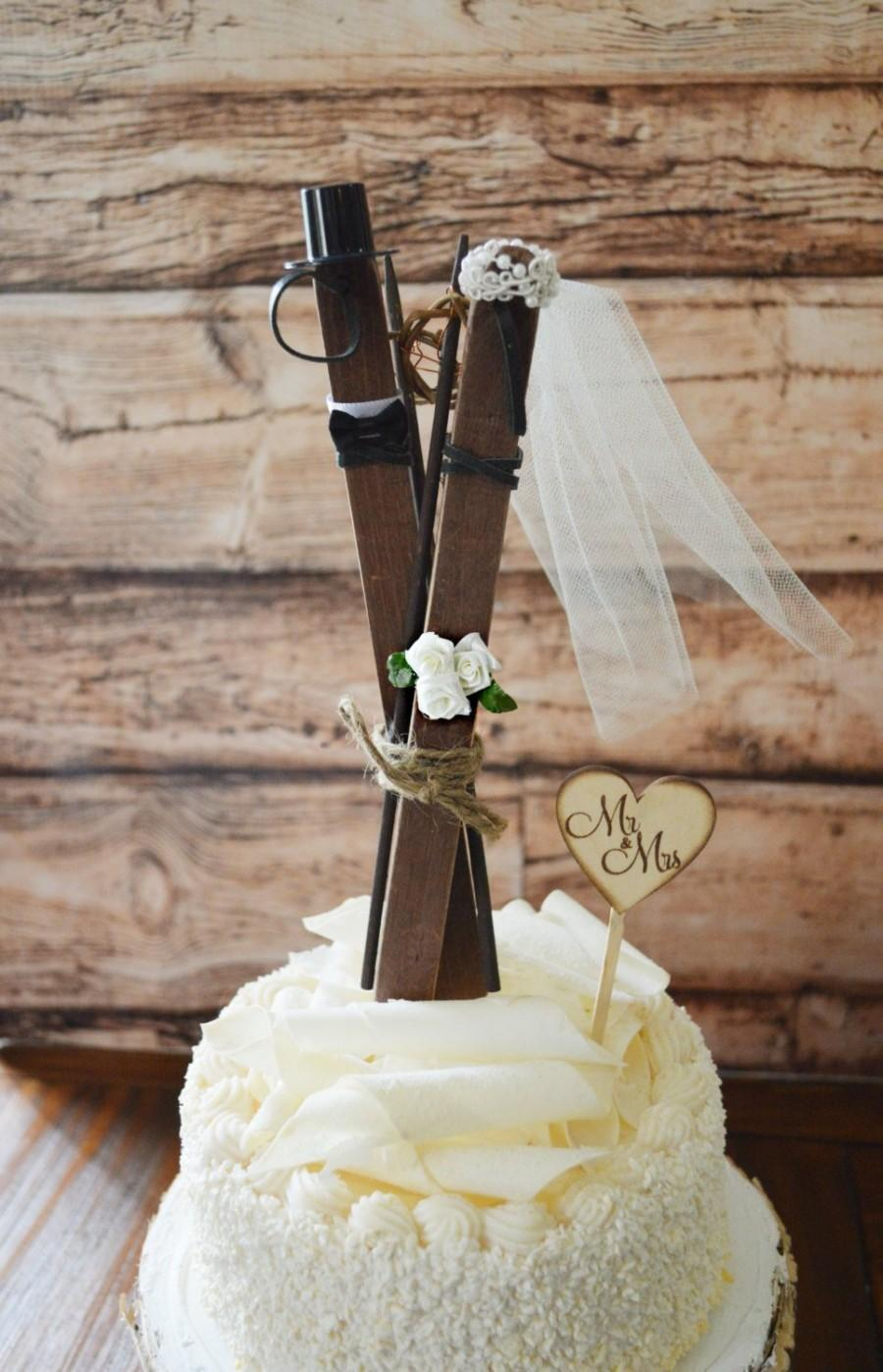 زفاف - Ski wedding cake topper skis winter themed bride and groom cake topper rustic skis sled sleigh lodge ivory veil Mr and Mrs sign bouquet
