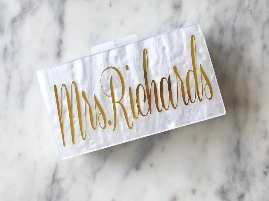 Hochzeit - Personalized Acrylic Clutch, Box Clutch, Custom Mrs. Clutch, Bridal Clutch, Custom Bride Clutch, Mrs. Purse, Acrylic Purse, Acrylic Clutch