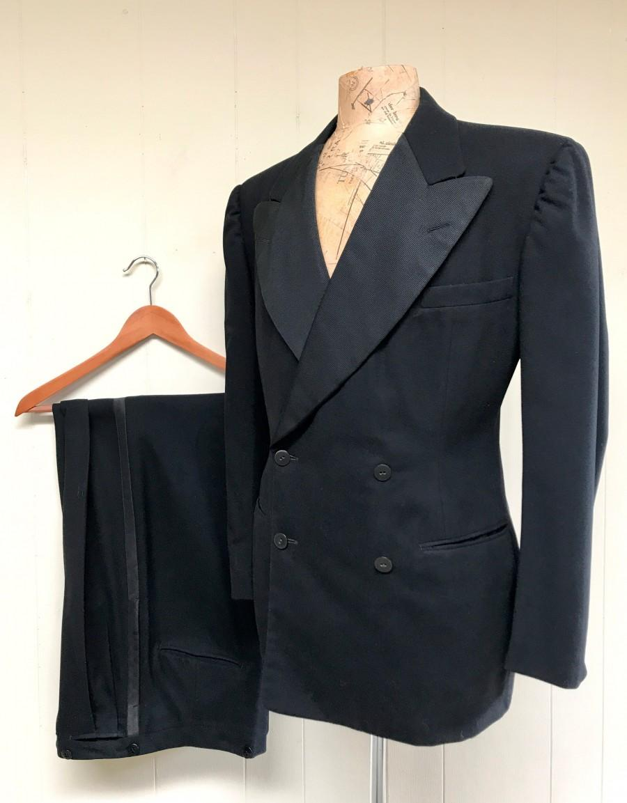 Свадьба - Vintage 1930s Tuxedo, 1939 Custom-made Double Breasted Wool Tuxedo, Peaked Lapel Jacket Pleated Pants, 1930s Formal Wear Black Tie, 40R