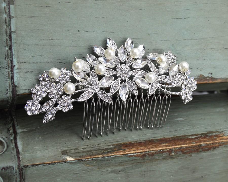 Свадьба - Crystal & Freshwater Pearl Hair Comb, Floral Bridal Comb, Silver Wedding Hair Comb, Swarovski Crystal Headpiece, Vintage Side Comb, CO-009